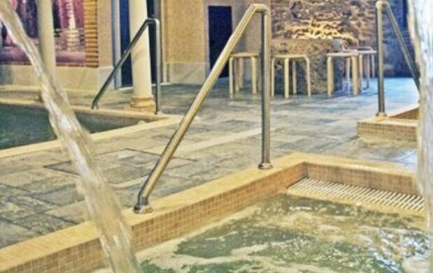 Masaje terapéutico + sesión spa para 2 en Hamman Aguas de Ronda