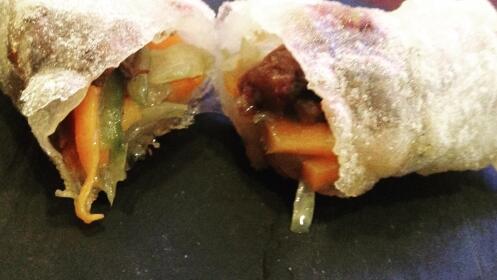 Menú con especialidad en carnes en El Embrujo Taberna