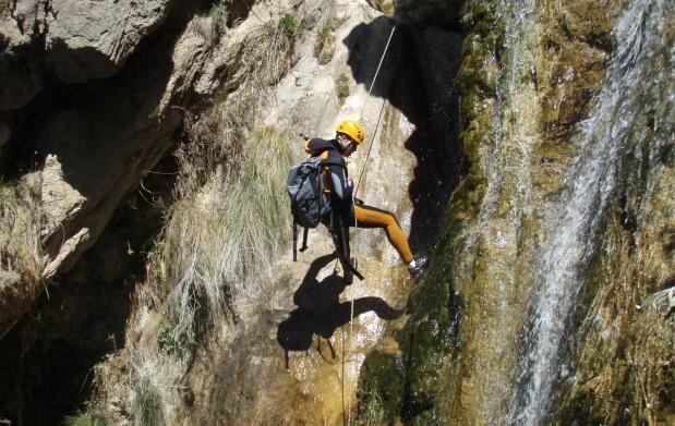 Barranquismo por el Río Verde en Granada