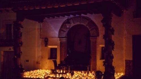 Entradas para el concierto 1 piano y 200 velas en Torremolinos