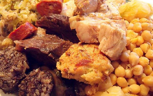 Auténtico cocido madrileño para 2 personas