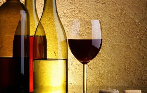Auténtica parrillada argentina + ensalada + botella de vino o 2 bebidas para dos personas