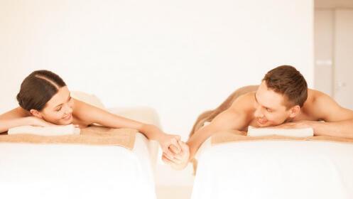 Envoltura corporal de diamante y amatista + masaje + copa de cava para una o dos personas