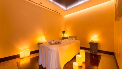 Circuito de hidroterapia + masaje de aromaterapia + cava para 2 personas