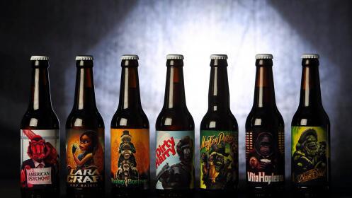 Visita guiada con picoteo y cata de 3 cervezas artesanales para 2, 4 o 6 personas