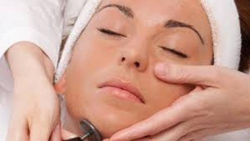 3 sesiones de tratamiento de diamante y rosas en Dermozen