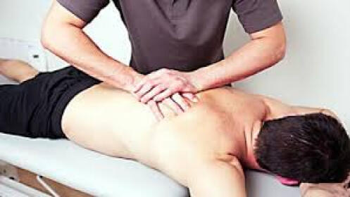 1 o 3 sesiones de masajes con opción a vendaje neuromuscular en Equipo 21 Hilera
