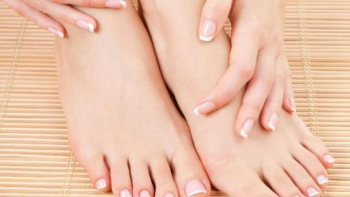Limpieza facial + manicura y pedicura simple