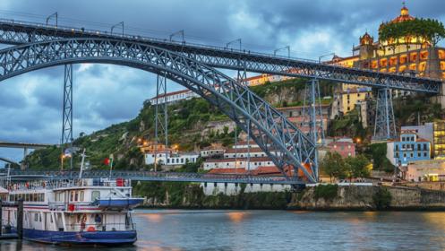 Oporto – 2 o 3 noches + Crucero por el Duero + SPA + Actividades en Pareja