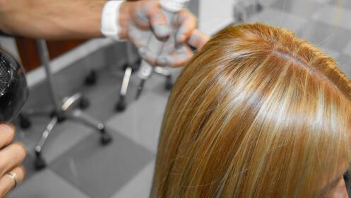 Corte + tinte + peinado en Grupo Almagro